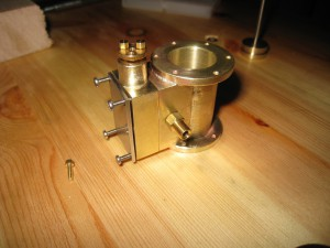 Zylinder probeweise montiert